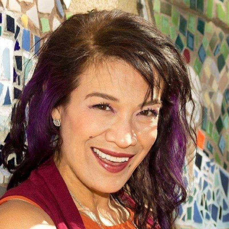 Dr. Elena Estanol